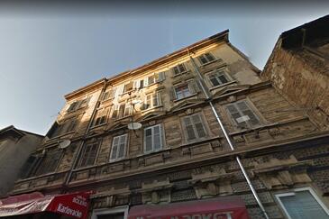 Rijeka, Rijeka, Object 16028 - Appartementen with pebble beach.