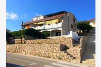 Apartments and rooms with parking space Zubovići (Pag) - 16063