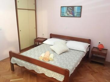 Zubovići, Bedroom in the room, air condition available and WiFi.