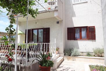 Solin, Split, Objekt 16067 - Apartmani sa šljunčanom plažom.