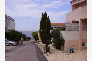 Апартаменты у моря Мандре - Mandre (Паг - Pag) - 16069