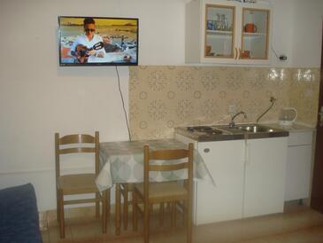 Podstrana, Кухня в размещении типа studio-apartment, WiFi.