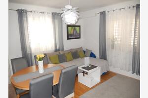 Apartments by the sea Postira (Brač) - 16092