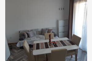 Apartments by the sea Pirovac (Šibenik) - 16095