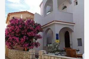 Apartments by the sea Pag - 16100