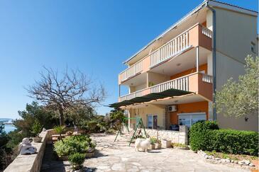 Stobreč, Split, Objekt 16142 - Apartmani i sobe blizu mora sa šljunčanom plažom.