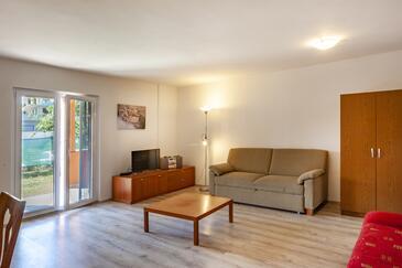 Medulin, Obývací pokoj v ubytování typu house, WiFi.