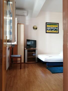 Podgora, Гостиная в размещении типа apartment, доступный кондиционер, Домашние животные допускаются и WiFi.