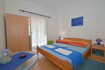 Podaca, Ložnice v ubytování typu room, WiFi.