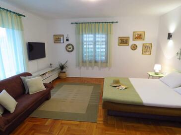 Ražanj, Obývacia izba 1 v ubytovacej jednotke house, WiFi.