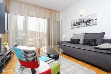 Trogir, Dnevni boravak u smještaju tipa apartment, dostupna klima i WiFi.
