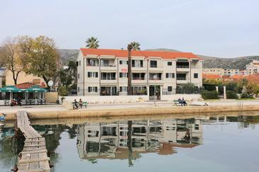 Trogir, Trogir, Objekt 16211 - Ubytování v blízkosti moře s oblázkovou pláží.