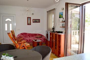 Rogač, Wohnzimmer in folgender Unterkunftsart apartment, Haustiere erlaubt und WiFi.