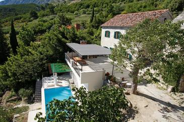 Medići, Omiš, Property 16231 - Vacation Rentals with pebble beach.