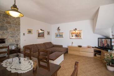 Medići, Obývacia izba v ubytovacej jednotke house, klimatizácia k dispozícii, domáci miláčikovia povolení a WiFi.