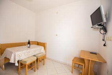 Barbat, Jídelna v ubytování typu apartment, WiFi.