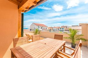 Apartments by the sea Vodice - 16249