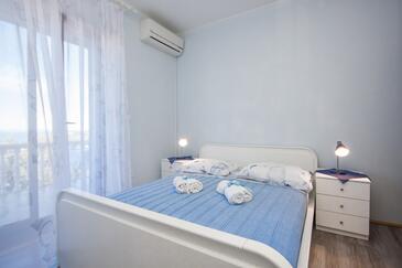 Dolac, Ložnice v ubytování typu room, s klimatizací a WiFi.