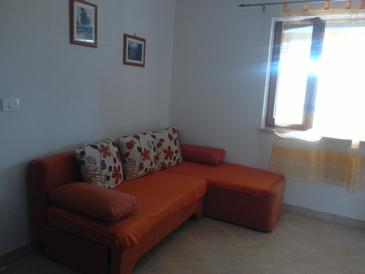 Zambratija, Living room in the apartment, (pet friendly) and WiFi.