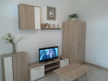 Zambratija, Obývací pokoj v ubytování typu apartment, domácí mazlíčci povoleni a WiFi.