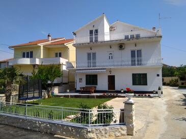 Tribunj, Vodice, Объект 16302 - Апартаменты с галечным пляжем.