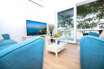 Kanica, Obývací pokoj v ubytování typu house, s klimatizací, domácí mazlíčci povoleni a WiFi.
