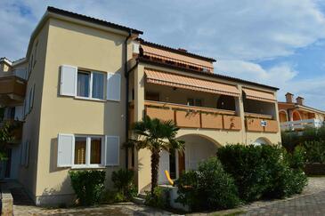 Punat, Krk, Объект 16307 - Апартаменты с галечным пляжем.