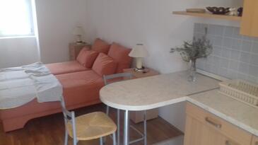 Punat, Nappali szállásegység típusa studio-apartment, légkondicionálás elérhető, háziállat engedélyezve és WiFi .