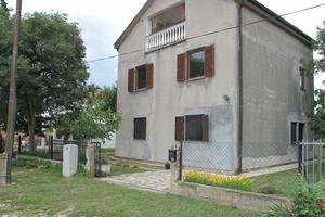 Apartments with a parking space Kakma (Biograd) - 16350