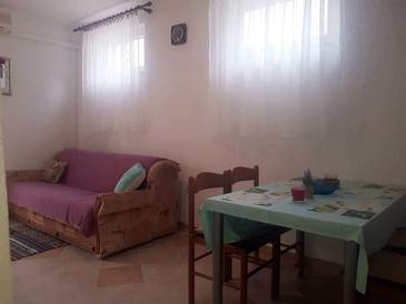 Senj, Obývací pokoj v ubytování typu apartment, s klimatizací, domácí mazlíčci povoleni a WiFi.