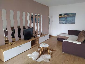 Zadar - Diklo, Living room in the apartment, air condition available, (pet friendly) and WiFi.
