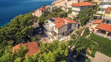 Baška Voda, Makarska, Property 16378 - Apartments near sea with pebble beach.