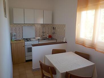 Lopar, Kitchen in the apartment, WiFi.