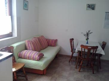 Pisak, Living room in the apartment, air condition available and WiFi.