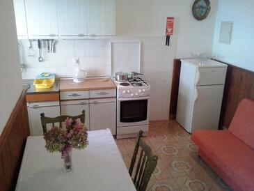 Pisak, Столовая в размещении типа studio-apartment, доступный кондиционер и WiFi.
