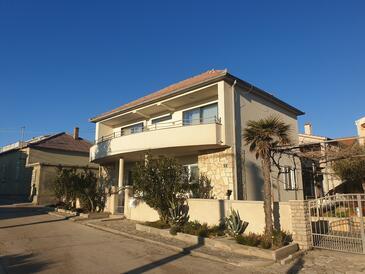 Nin, Zadar, Property 16428 - Apartments near sea with sandy beach.