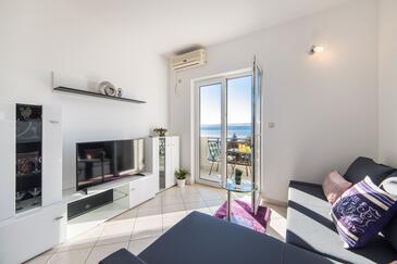 Lokva Rogoznica, Obývacia izba v ubytovacej jednotke apartment, klimatizácia k dispozícii a WiFi.