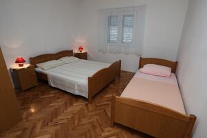 Chorvatsko apartmán pro 6 lidi