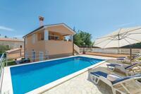 Дом для семьи с бассейном Шумбер - Šumber (Средняя Истрия - Središnja Istra) - 16465