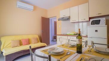 Poreč, Jedilnica v nastanitvi vrste apartment, dostopna klima in WiFi.