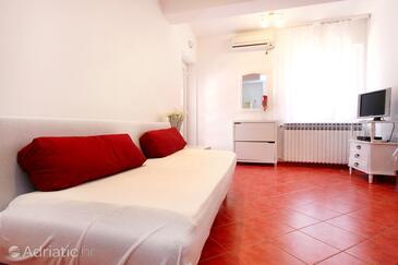 Račišće, Obývací pokoj v ubytování typu apartment, s klimatizací a WiFi.