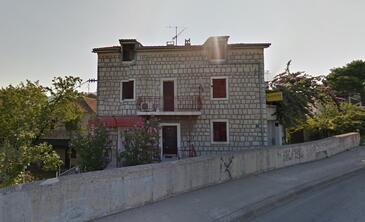 Solin, Split, Objekt 16504 - Apartmani sa šljunčanom plažom.