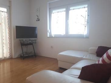 Žaborić, Living room in the apartment, air condition available and WiFi.