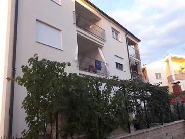 Žaborić, Šibenik, Objekt 16510 - Ubytování s oblázkovou pláží.