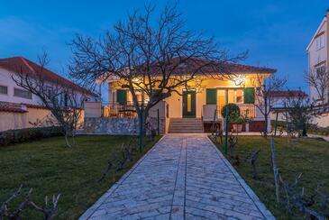 Vrsi - Mulo, Zadar, Объект 16527 - Дом для отдыха с галечным пляжем.