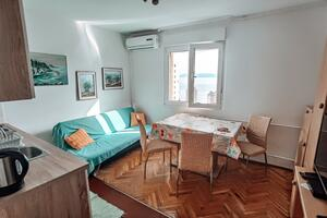 Apartments with WiFi Rijeka - 16539