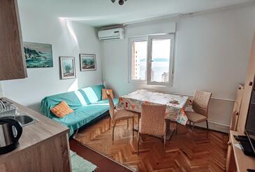 Rijeka, Blagovaonica u smještaju tipa apartment, dostupna klima i WiFi.