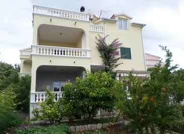 Vodice, Vodice, Property 16543 - Apartments with pebble beach.