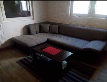 Ždrelac, Obývací pokoj v ubytování typu apartment, s klimatizací, domácí mazlíčci povoleni a WiFi.