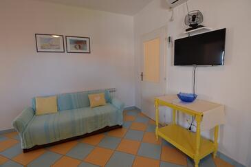Tkon, Obývací pokoj v ubytování typu apartment, s klimatizací a WiFi.